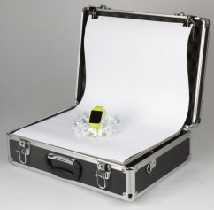 Helios Ready-to-go LED studio in a suitcase