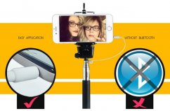 Selfie below with cable, without Bluetooth